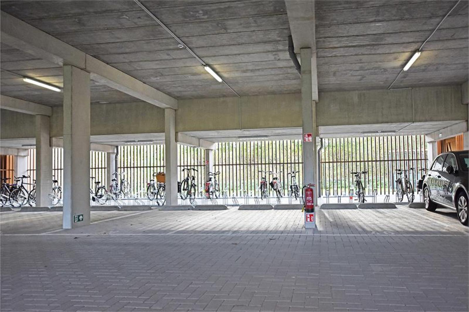Overdekte staanplaatsen in residentie ' De Boterton ' te Lier! afbeelding 3