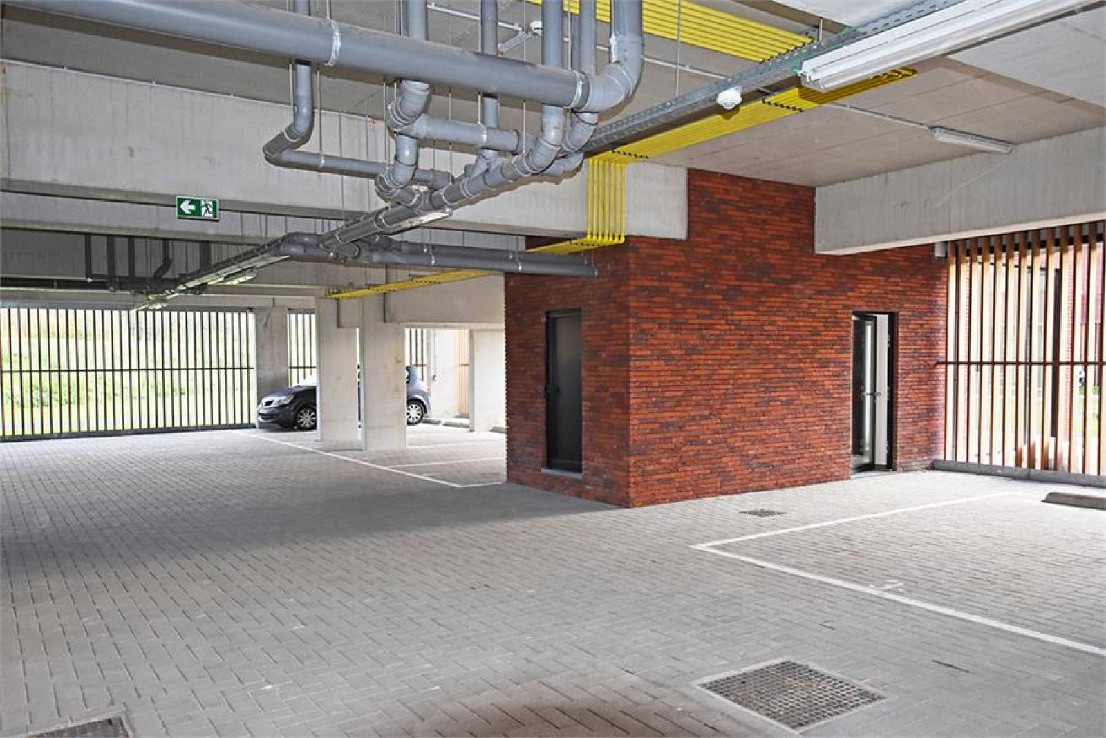 Overdekte staanplaatsen in residentie ' De Boterton ' te Lier! afbeelding 4