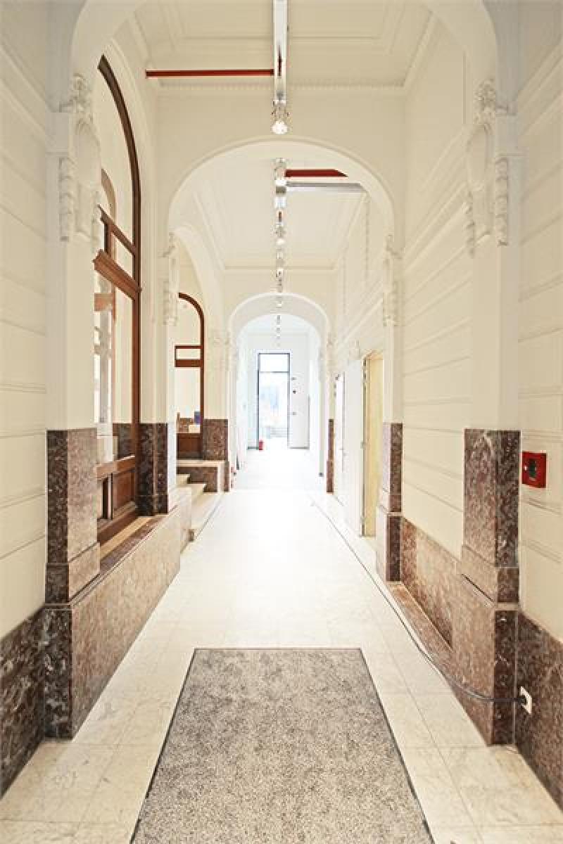 Verschillende ondergrondse staanplaatsen beschikbaar op zeer goede locatie te Antwerpen! afbeelding 2