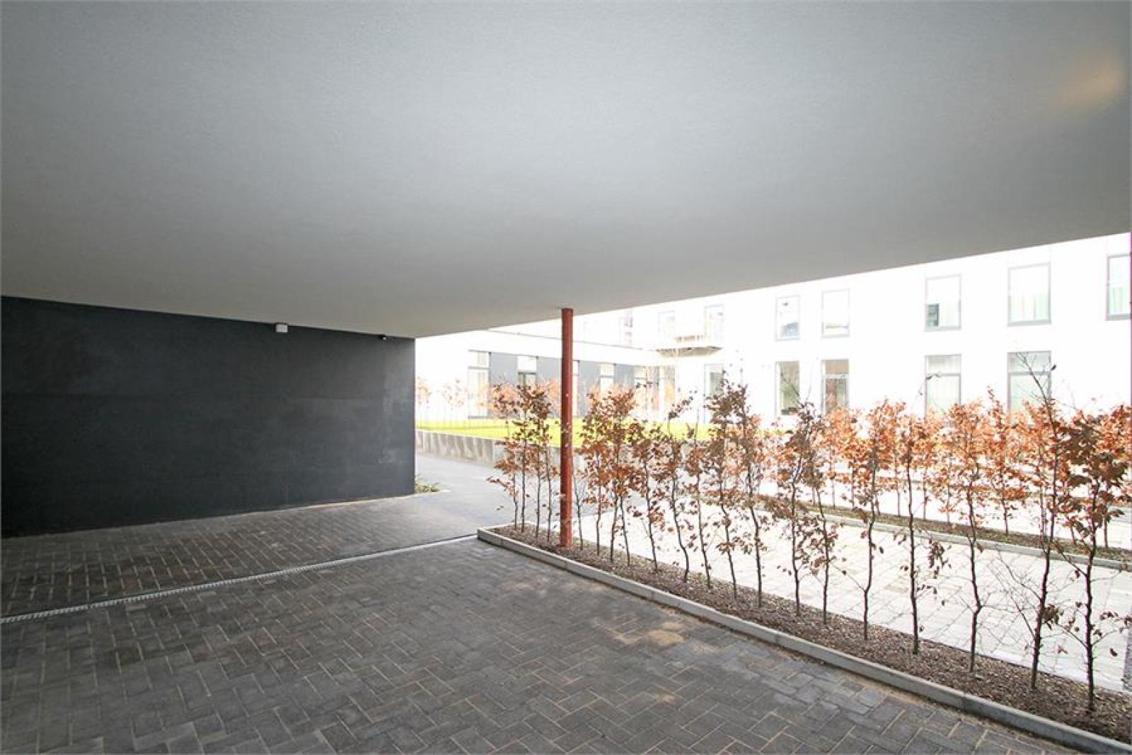 Verschillende ondergrondse staanplaatsen beschikbaar op zeer goede locatie te Antwerpen! afbeelding 17