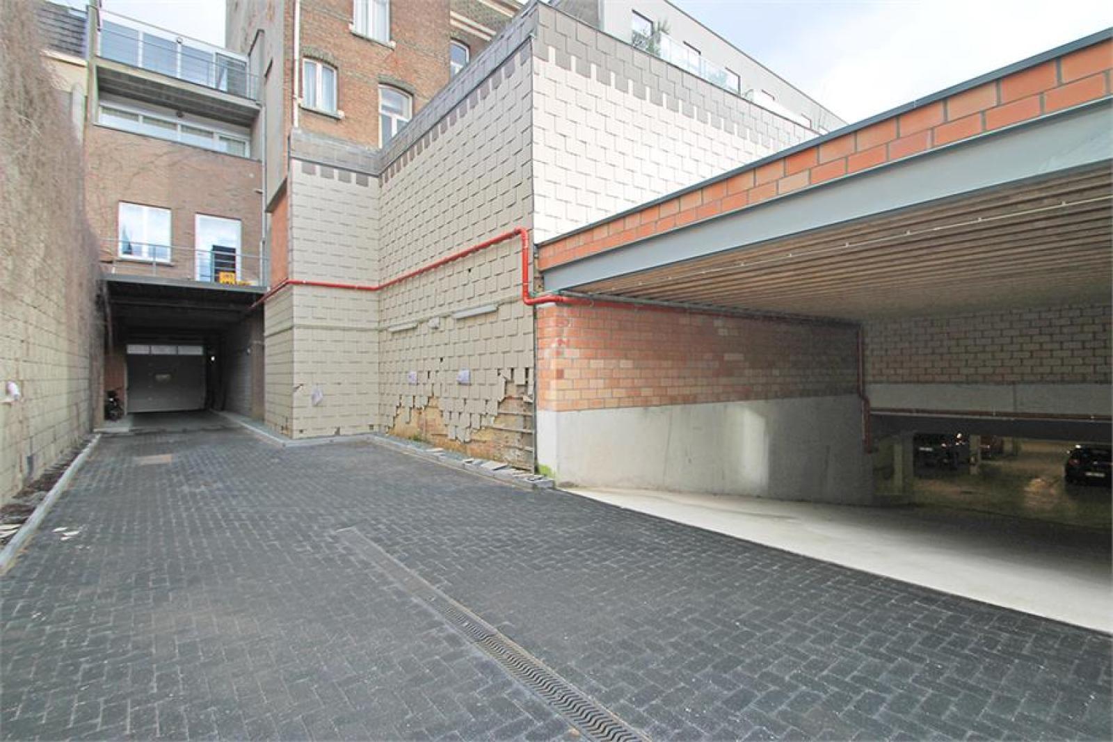 Verschillende ondergrondse staanplaatsen beschikbaar op zeer goede locatie te Antwerpen! afbeelding 4