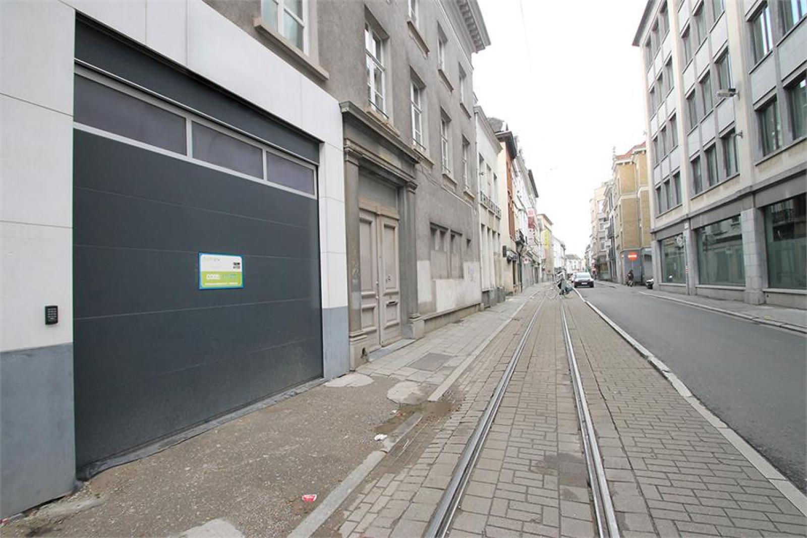 Verschillende ondergrondse staanplaatsen beschikbaar op zeer goede locatie te Antwerpen! afbeelding 23
