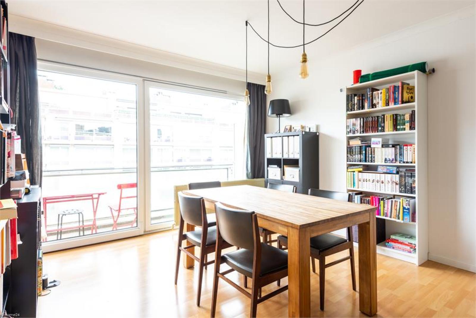Instapklaar appartement (77 m²) met twee slaapkamers op centrale ligging te Deurne! afbeelding 2