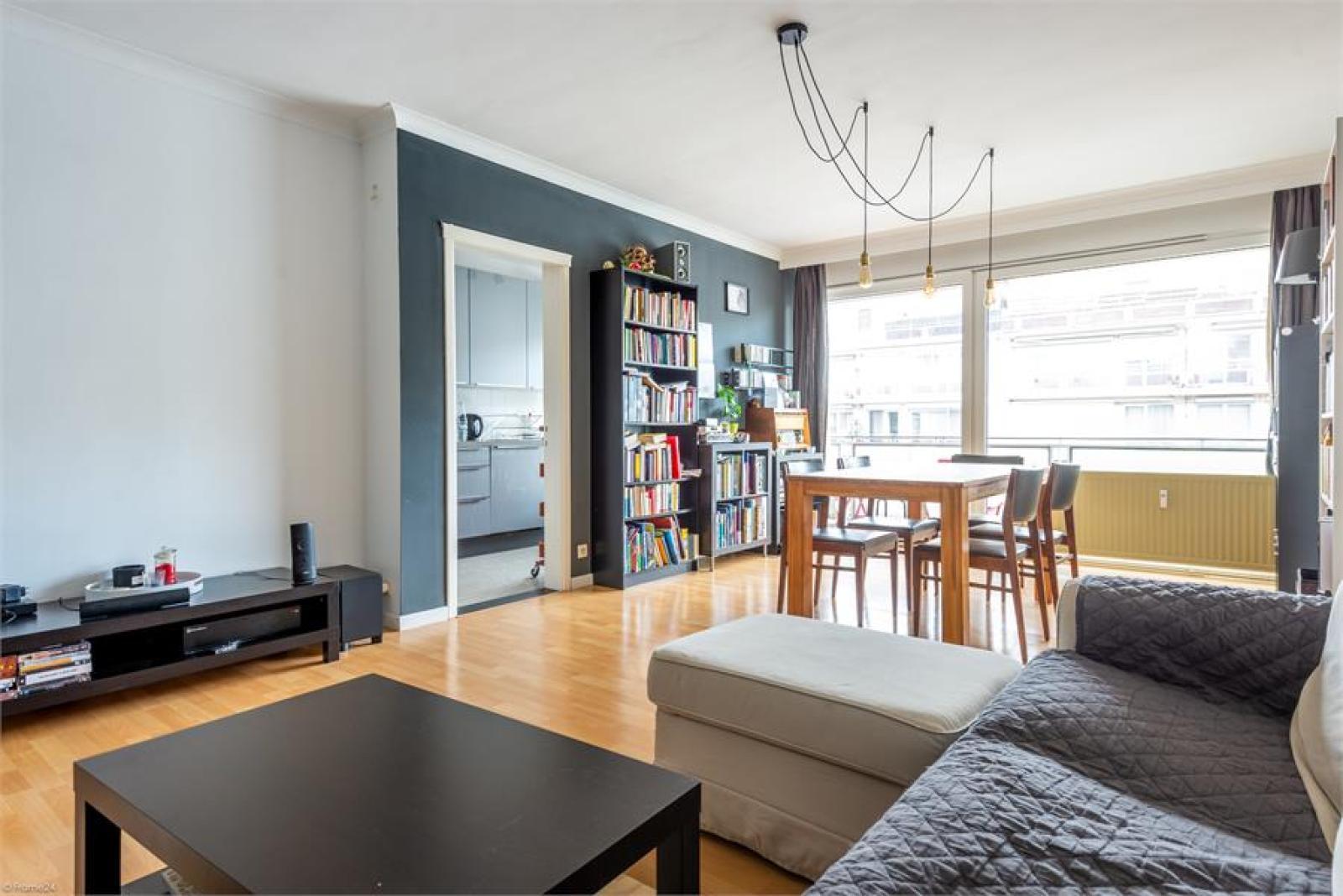 Instapklaar appartement (77 m²) met twee slaapkamers op centrale ligging te Deurne! afbeelding 3