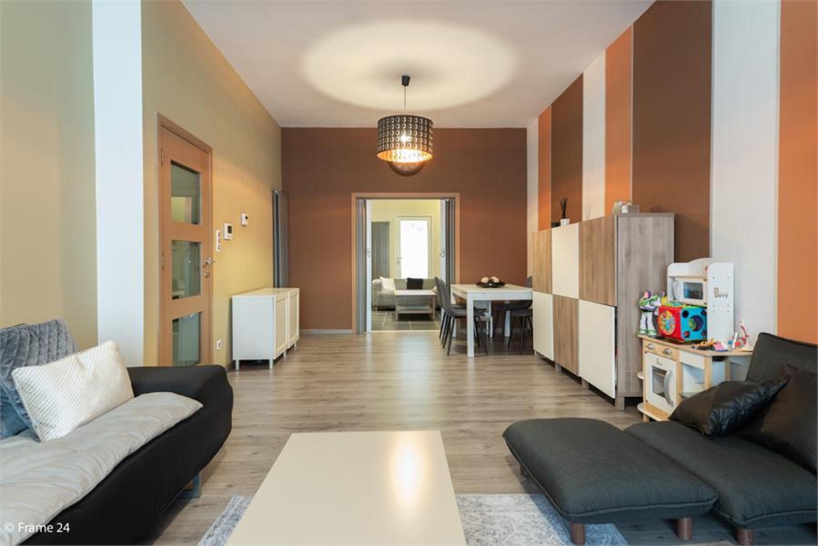 Gerenoveerde woning met drie slaapkamers en terras te Deurne afbeelding 6