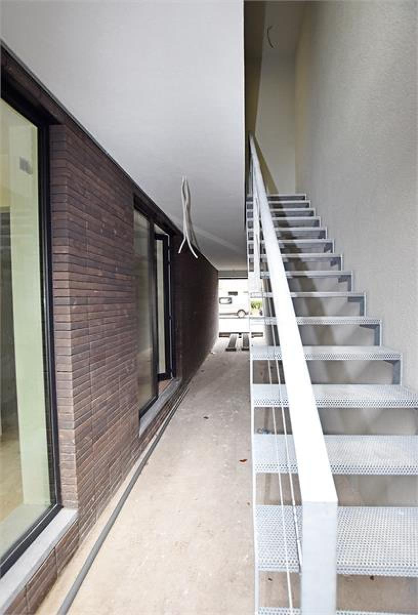 Prachtig luxueus afgewerkt nieuwbouwappartement te Wijnegem! afbeelding 2