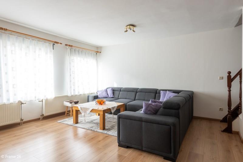 Handelsgelijkvloers met duplex-appartement gelegen op een zeer centrale locatie te Deurne! afbeelding 12