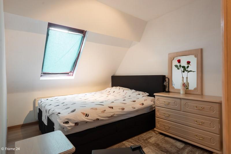 Handelsgelijkvloers met duplex-appartement gelegen op een zeer centrale locatie te Deurne! afbeelding 19