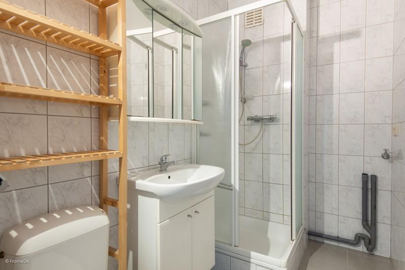 Zeer verzorgd en vernieuwd appartement met drie slaapkamers en terras te Deurne! afbeelding 13