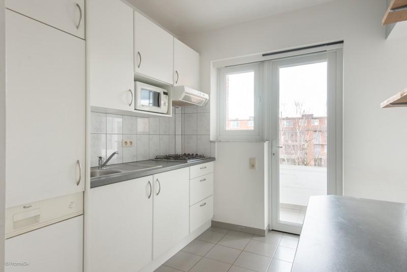 Zeer verzorgd en vernieuwd appartement met drie slaapkamers en terras te Deurne! afbeelding 7
