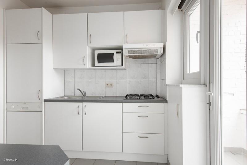 Zeer verzorgd en vernieuwd appartement met drie slaapkamers en terras te Deurne! afbeelding 9