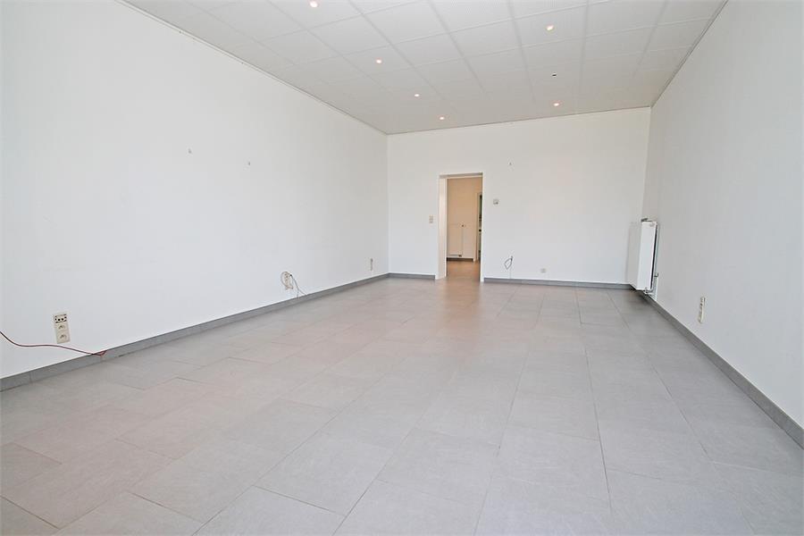 Kantoorruimte op zeer goede locatie te Wijnegem! afbeelding 2