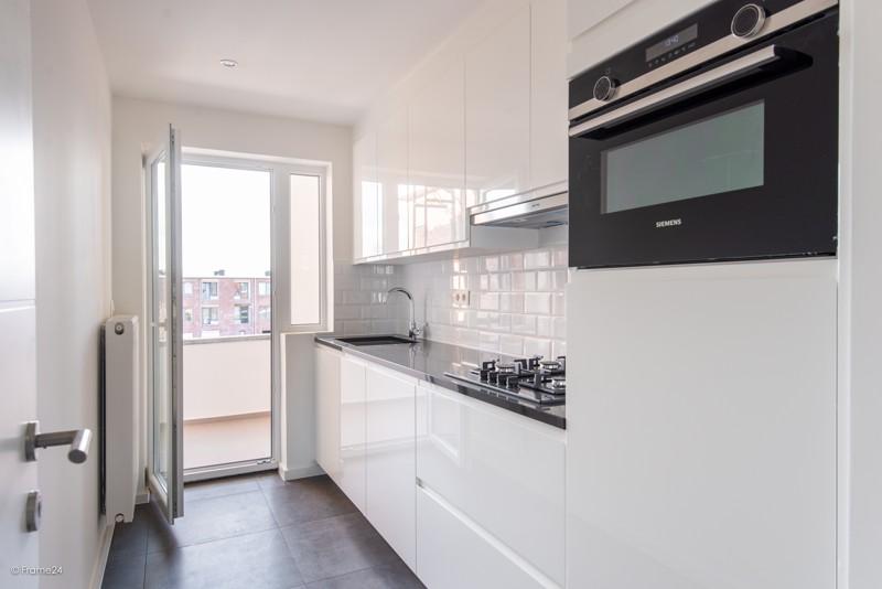 Volledig vernieuwd appartement met drie slaapkamers en terras te Deurne! afbeelding 5