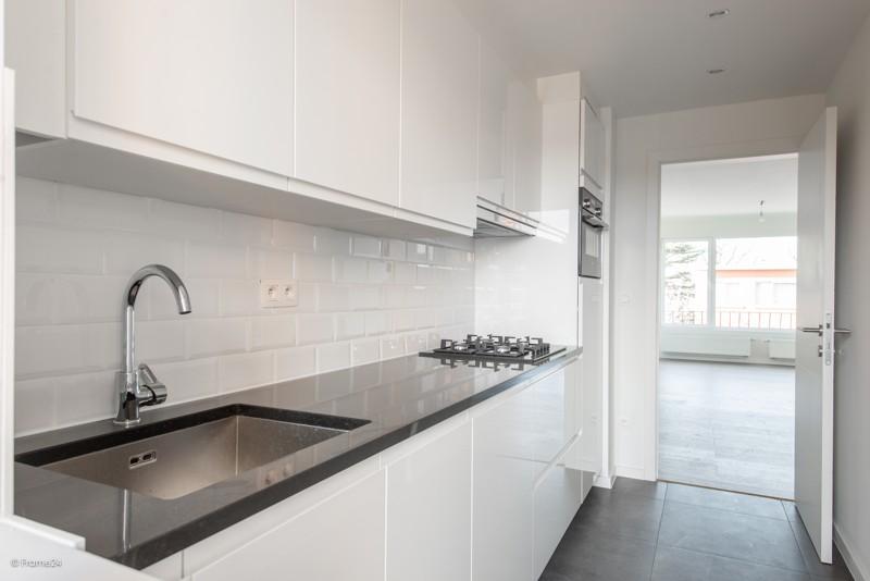 Volledig vernieuwd appartement met drie slaapkamers en terras te Deurne! afbeelding 6