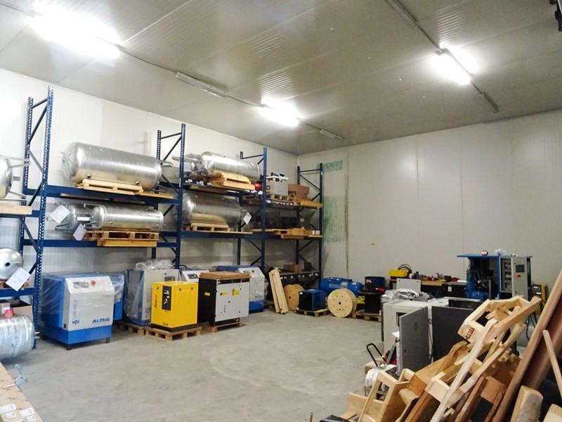 Modern magazijn + kantoor (360m²) nabij de A12 te Schelle afbeelding 4