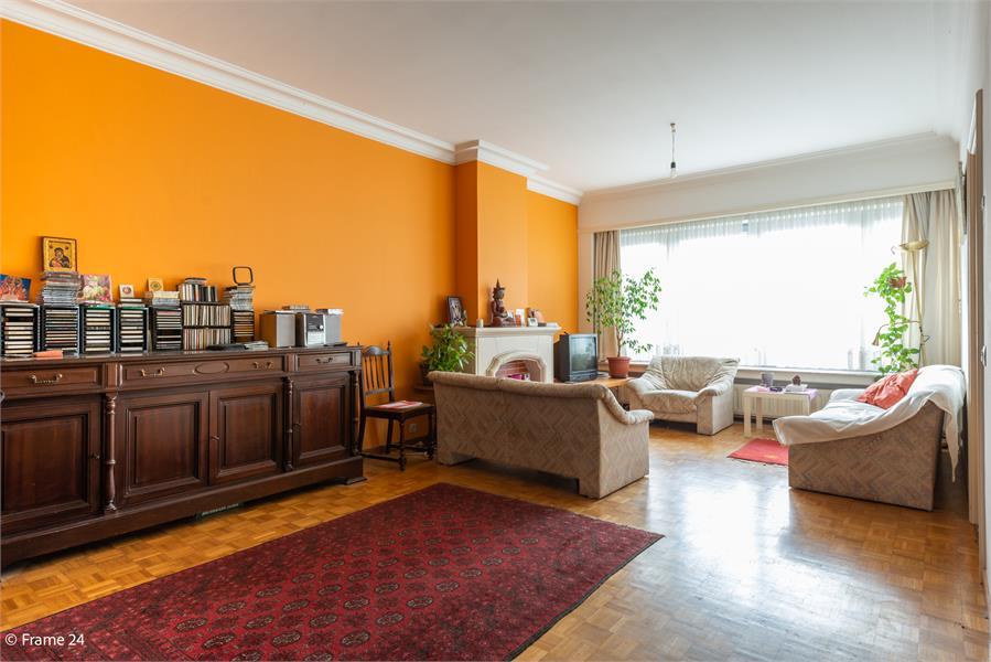 Opbrengstgebouw bestaande uit een handelsgelijkvloers en twee ruime appartementen te Berchem! afbeelding 13
