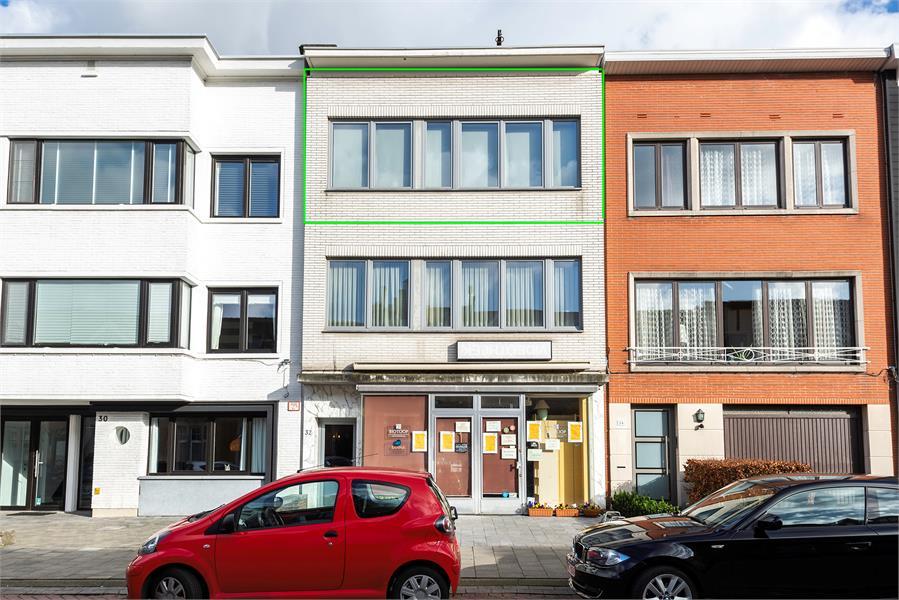 Opbrengstgebouw bestaande uit een handelsgelijkvloers en twee ruime appartementen te Berchem! afbeelding 24