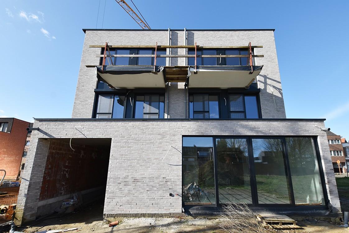 Lichtrijk appartement met 2 slaapkamers en 2 terrassen op toplocatie te Wommelgem! afbeelding 11