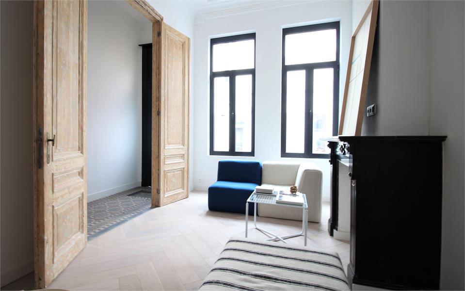 Prachtige volledig vernieuwde herenwoning met authentieke elementen te Antwerpen! afbeelding 10