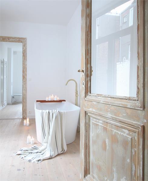 Prachtige volledig vernieuwde herenwoning met authentieke elementen te Antwerpen! afbeelding 20
