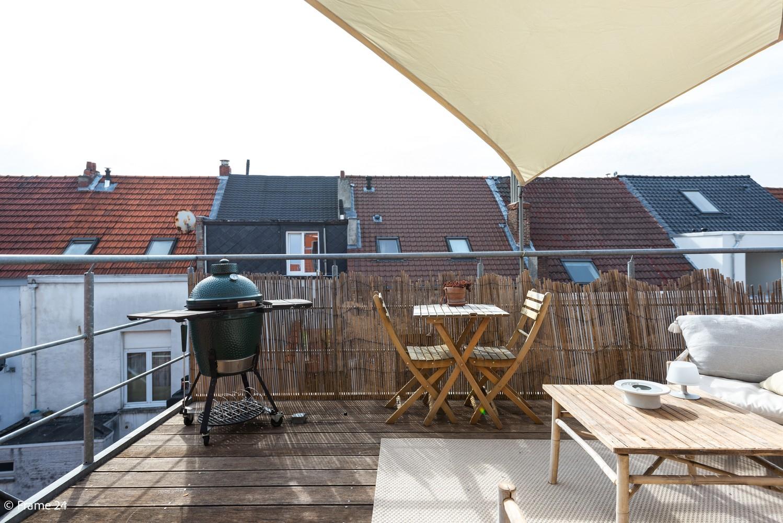 Instapklaar dakappartement met zonnig terras op goede locatie te Antwerpen! afbeelding 14