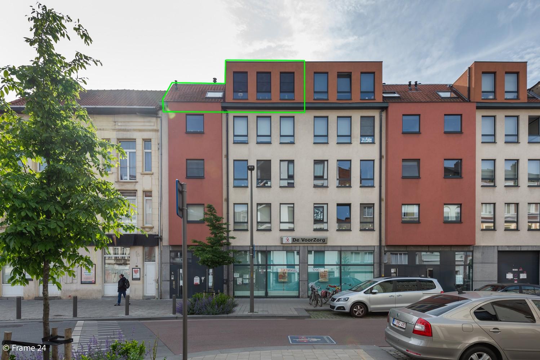 Instapklaar dakappartement met zonnig terras op goede locatie te Antwerpen! afbeelding 17