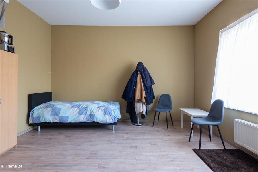 Gerenoveerde woning met drie slaapkamers en terras te Deurne afbeelding 18