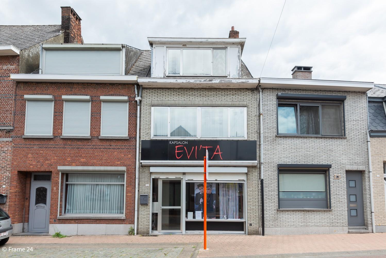 Handelsgelijkvloers + te renoveren appartement  met commercieel gunstige ligging afbeelding 15