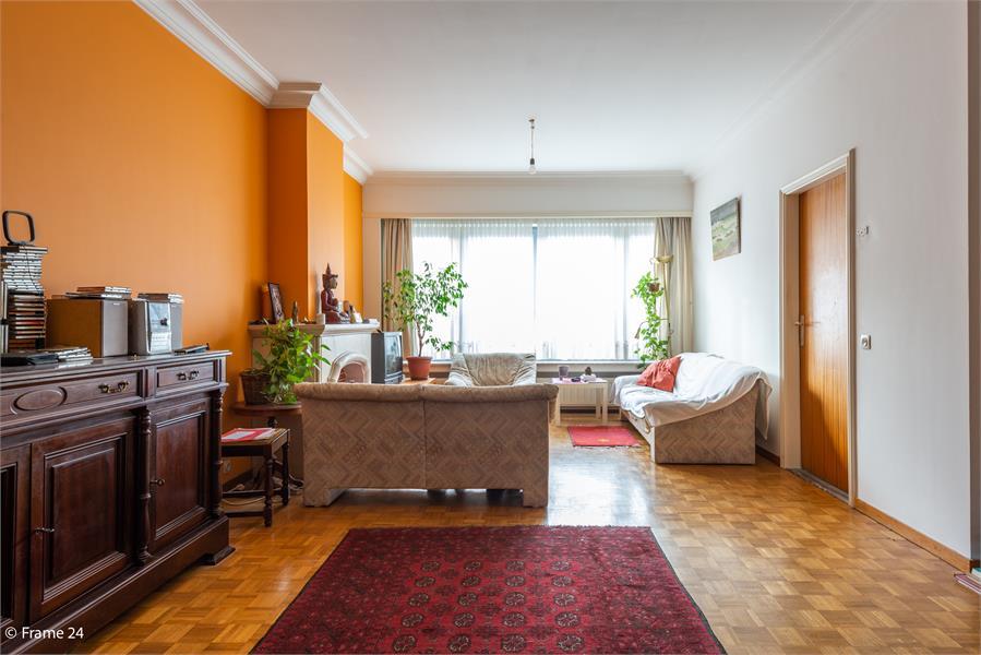 Opbrengstgebouw bestaande uit een handelsgelijkvloers en twee ruime appartementen te Berchem! afbeelding 14