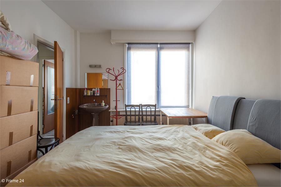 Opbrengstgebouw bestaande uit een handelsgelijkvloers en twee ruime appartementen te Berchem! afbeelding 33