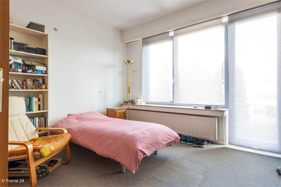 Opbrengstgebouw bestaande uit een handelsgelijkvloers en twee ruime appartementen te Berchem! afbeelding 34