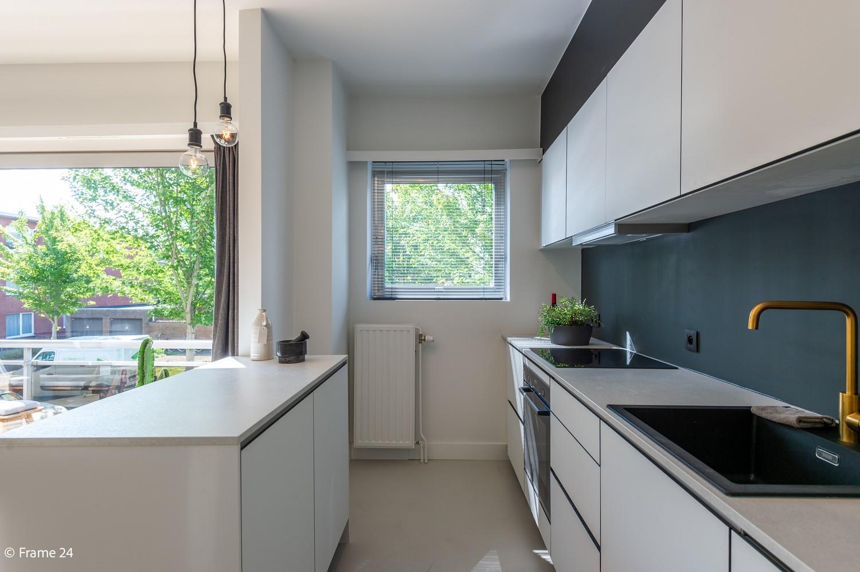 Lichtrijk totaal vernieuwd appartement op rustige locatie te Brasschaat! afbeelding 5