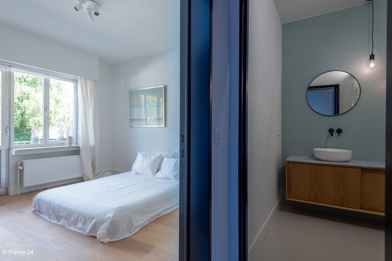 Lichtrijk totaal vernieuwd appartement op rustige locatie te Brasschaat! afbeelding 13