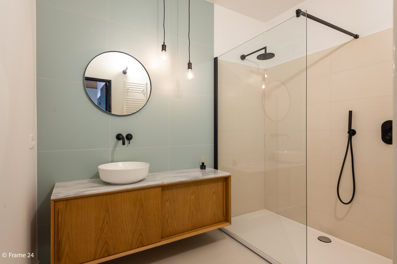 Lichtrijk totaal vernieuwd appartement op rustige locatie te Brasschaat! afbeelding 14
