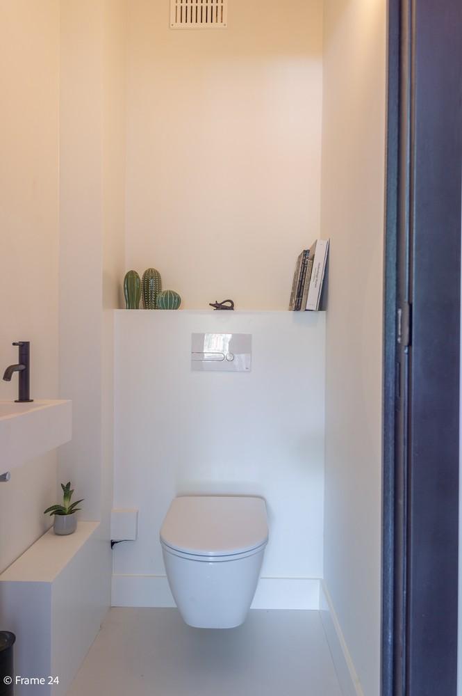Lichtrijk totaal vernieuwd appartement op rustige locatie te Brasschaat! afbeelding 17