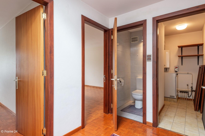 Verzorgde bel-étage met 3 slaapkamers en grote inpandige garage te Deurne afbeelding 14