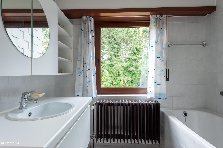 Verzorgde bel-étage met 3 slaapkamers en grote inpandige garage te Deurne afbeelding 16