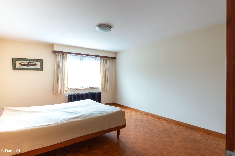 Verzorgde bel-étage met 3 slaapkamers en grote inpandige garage te Deurne afbeelding 19