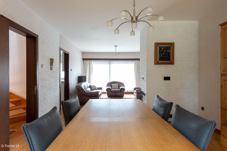 Verzorgde bel-étage met 3 slaapkamers en grote inpandige garage te Deurne afbeelding 9