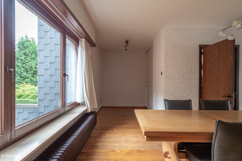 Verzorgde bel-étage met 3 slaapkamers en grote inpandige garage te Deurne afbeelding 8