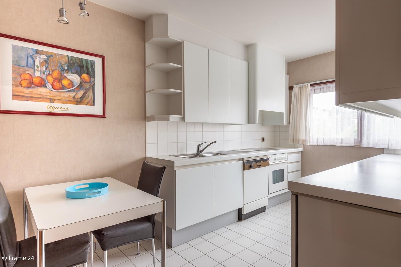 Verzorgde bel-étage met 3 slaapkamers en grote inpandige garage te Deurne afbeelding 10