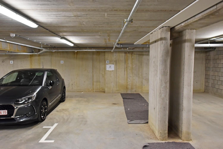 Twee ondergrondse autostaanplaatsen te koop in het centrum van Wijnegem! afbeelding 5