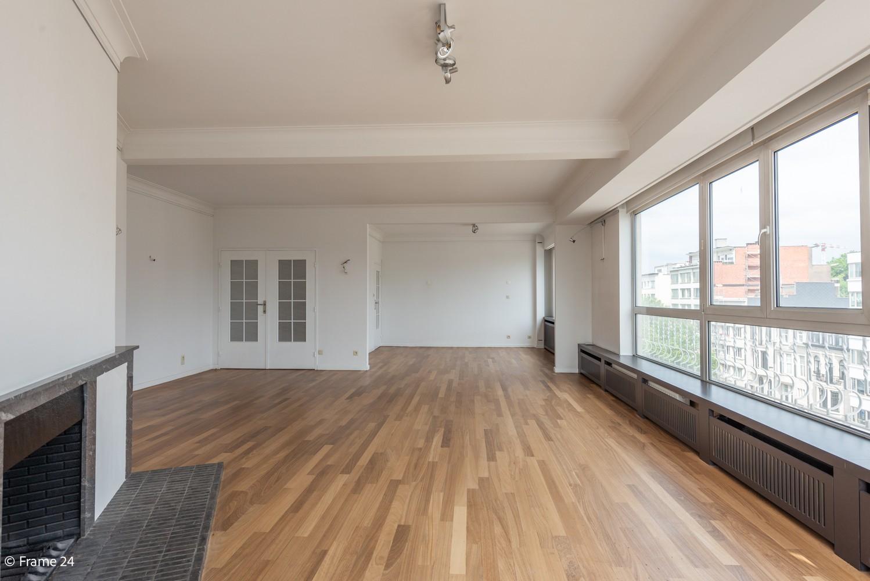 Uitzonderlijk appartement (+/- 250m²) met panoramische uitzichten te Antwerpen! afbeelding 4