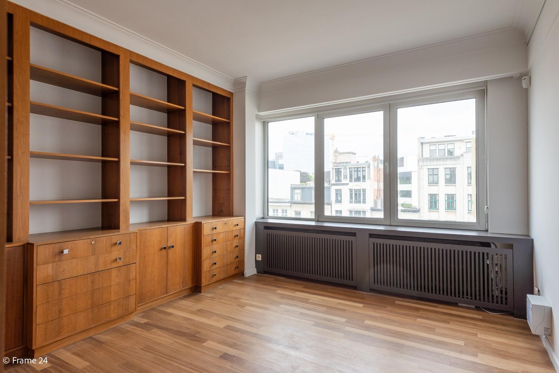 Uitzonderlijk appartement (+/- 250m²) met panoramische uitzichten te Antwerpen! afbeelding 5