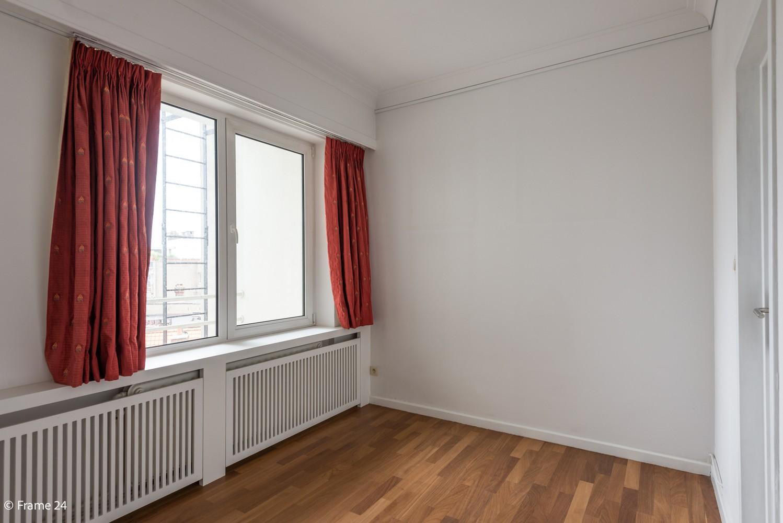 Uitzonderlijk appartement (+/- 250m²) met panoramische uitzichten te Antwerpen! afbeelding 15