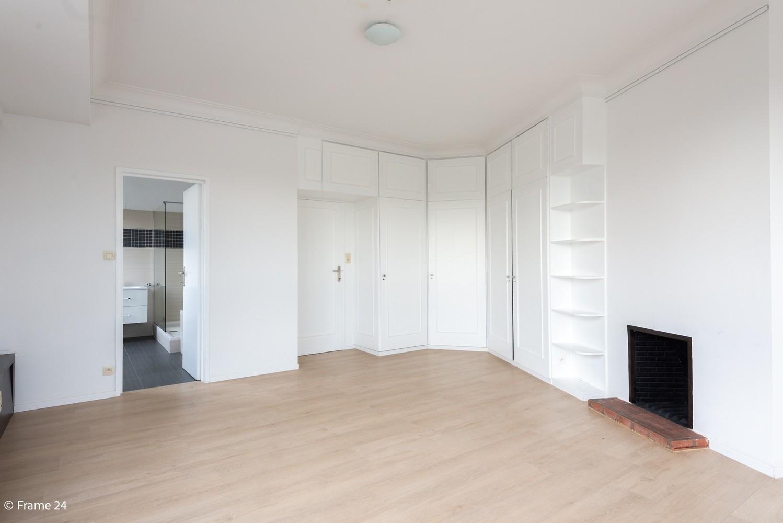Uitzonderlijk appartement (+/- 250m²) met panoramische uitzichten te Antwerpen! afbeelding 12