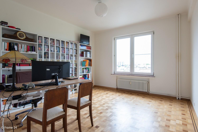 Riant luxeappartement (160 m²) met 3 slks aan het Koning Albertpark te Antwerpen! afbeelding 7