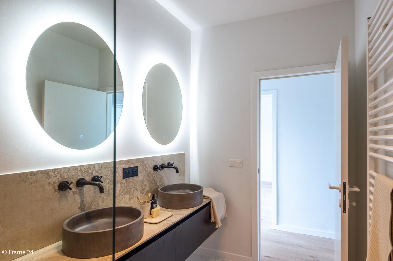 Gerenoveerd & stylish appartement te Edegem! afbeelding 19