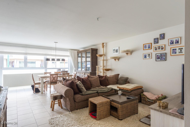 Ruim gelijkvloers appartement met 2 slks én tuin op zeer gegeerde locatie te Berchem! afbeelding 4
