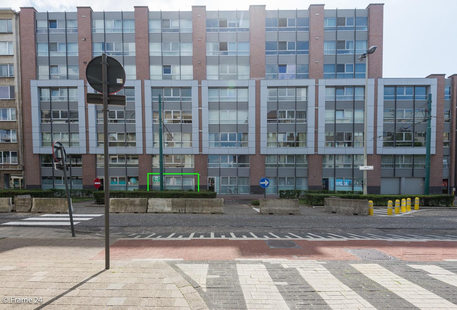 Ruim gelijkvloers appartement met 2 slks én tuin op zeer gegeerde locatie te Berchem! afbeelding 11